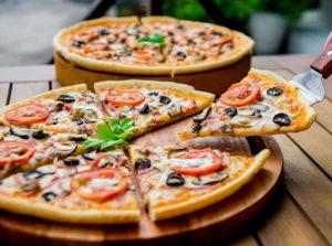 vegetarian Pizza - Vegetarian Food Items of Dubai