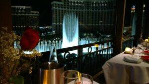 Eiffel tower restaurant - Honeymoon Destinations in Las Vegas