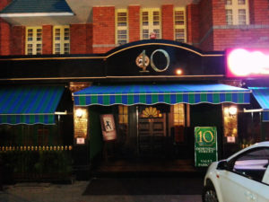 10 Downing Street - Best Bars and Pubs in Chennai