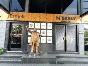 M' Bessy - Best Bars and Pubs in Chennai