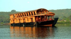 Chapora River, Houseboat in Goa - Fun Things To Do in Goa