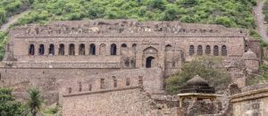 Mysterious Bhangarh Fort - Incredible Story Of Bhangarh Fort