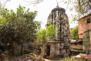 Pabaneswara Temple - Temples in Bhubaneswar