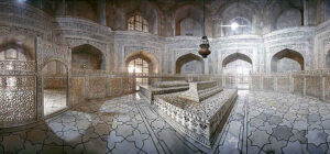 In and Around Taj Mahal - Interesting Unknown Facts About Taj Mahal