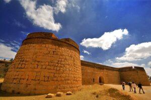 Devanahalli fort - Best Offbeat Places Near Bangalore