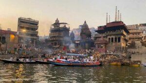 Manikarnika Ghat - Best Places To Visit in Varanasi For Couples