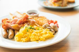 Breakfast - Tips For Choosing a Great Hotel Deal Online